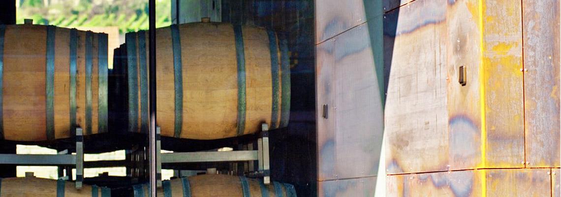 Weingut Holzapfel Fässer