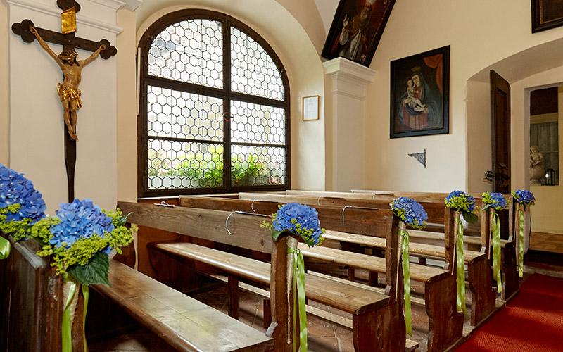 Weingut Holzapfel Gutshofrestaurant Boutique Hotel Prandtauerhof Hochzeit feiern Kapelle